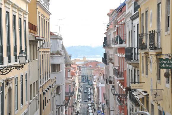 http://clignotants.cowblog.fr/images/20011/81.jpg