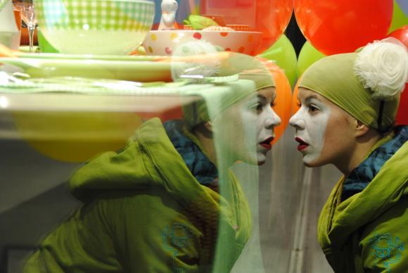 http://clignotants.cowblog.fr/images/20011/DSC0256.jpg